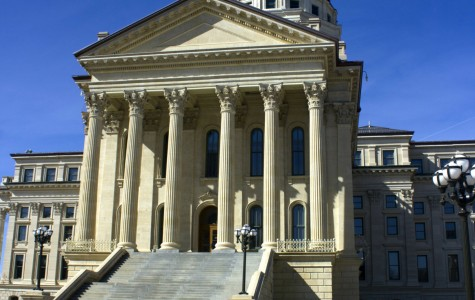 Governor Sam Brownback introduces plan to cut school funding