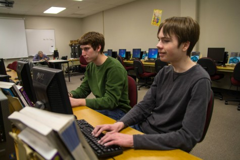 The IT Crowd: Students aid with school tech problems