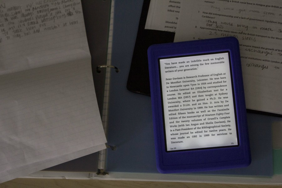 Five e-readers available for check out
