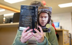 """Starting the year in Mars: Reporter reviews Read Across Lawrence novel, """"The Martian"""""""