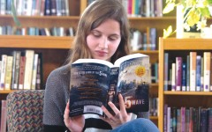 "Reporter reviews ""The 5th Wave"" book before the release of the movie"