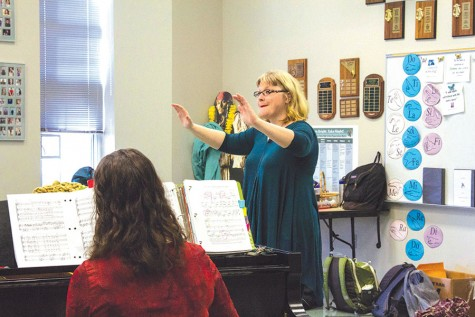 Choir Director juggles nodules, busy schedules