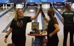 Bowling team places seventh at State