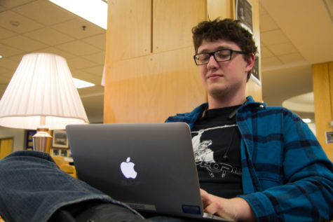 MacBooks chosen as technology for 1:1 student access