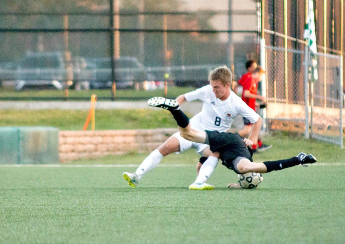Roberts_SoccerVsLHS (3 of 20)