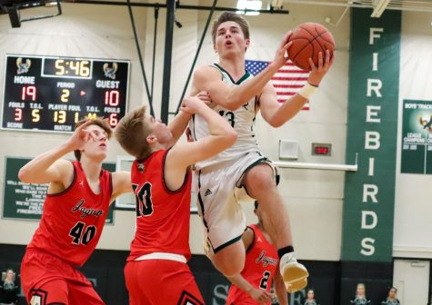 Sophomore Cole Anderson plays for all-dwarf basketball team