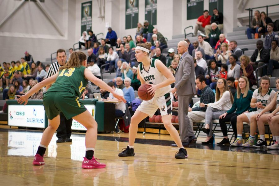 Photo Gallery: Girls Basketball